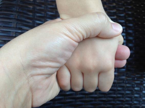 foto manos madre